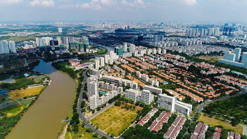 Phát triển thị trường quyền sử dụng đất và bất động sản trên đất